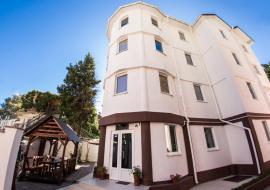 Белый дом - Алушта гостиница