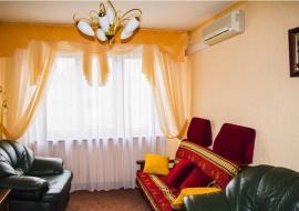 Продаю  2-комнатную  квартиру в  Алуште п. Партенит